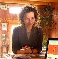 Dahna Goldstein, Midwife